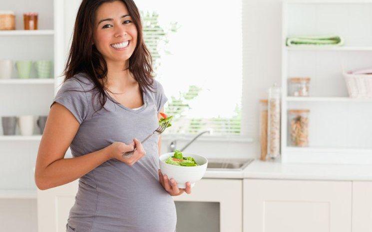คุณแม่ตั้งครรภ์ กินอย่างไรให้สบายท้อง