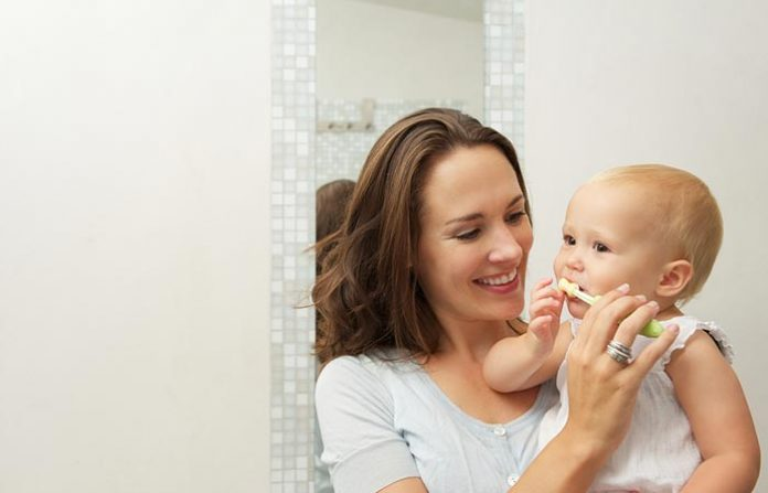 ดูแลเหงือกและฟันของลูกได้ตั้งแต่ฟันยังไม่ขึ้น