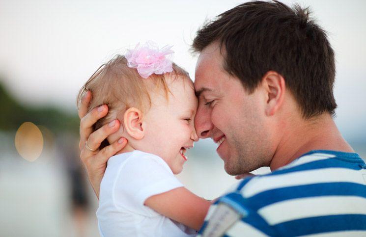 การพูดคุยกับลูกช่วยให้ทักษะด้านภาษาของลูกดีขึ้น