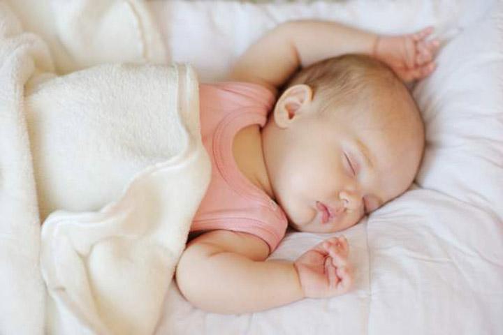 วิธีช่วยให้ลูกหลับยาวตลอดทั้งคืน