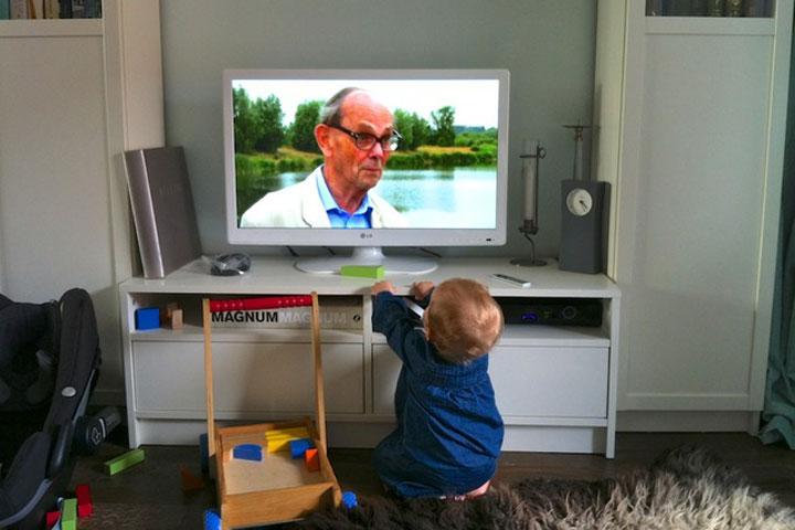 ให้เด็กๆดูทีวี