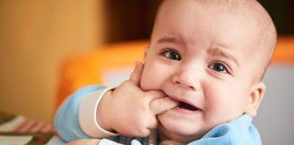 สัญญาณที่บอกว่าฟันลูกเริ่มขึ้น และการดูแลลูกเมื่อฟันขึ้น