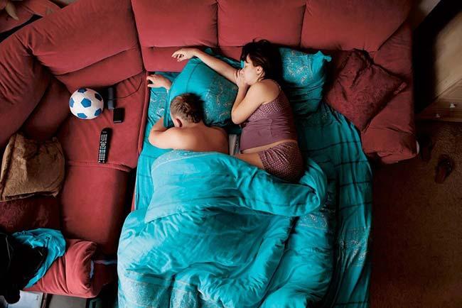ท่านอนสามี-ภรรยาตั้งครรภ์05