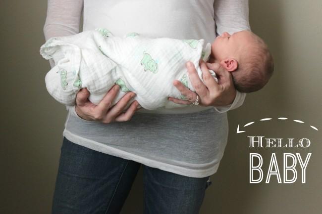 hello-baby-announcement-650x433