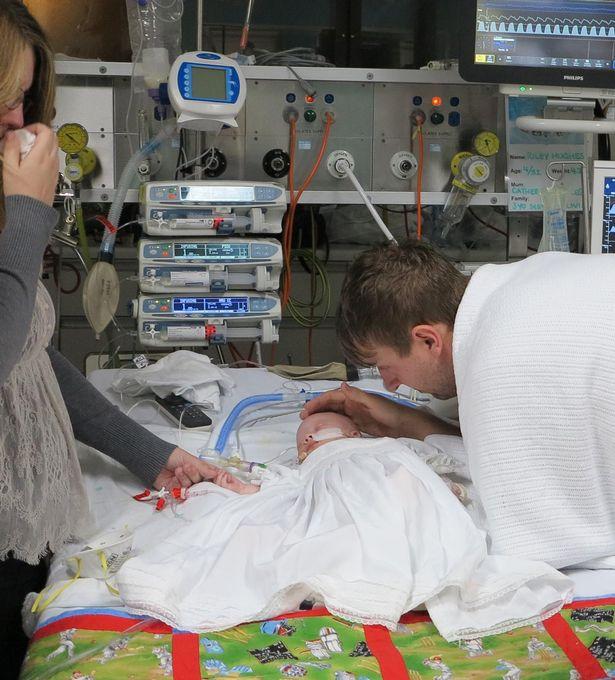ทารกเสียชีวิตจากโรคไอกรน