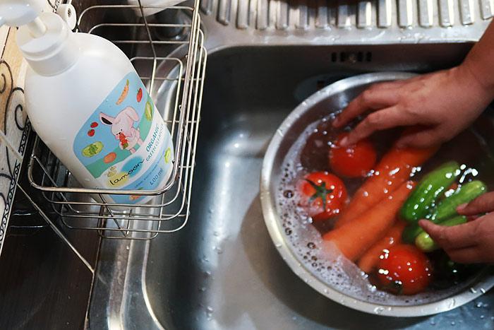 น้ำยาล้างผักผลไม้ Lamoon Green cleanser
